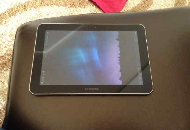 Samsung Galaxy Tab 8.9 gt-p7300