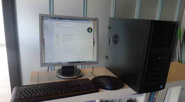 Компьютер i3 3.2 GHz + 19 дюймов монитор samsung