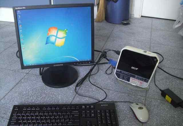 Acer Aspire Revo R3600 (неттоп ) + монитор