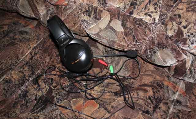 Наушники Koss HQ2 со встроенным микрофоном