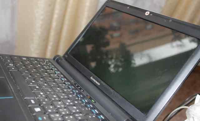 нетбук Lenovo