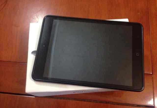 Apple iPad mini 16gb + 3g + чехол + наушники