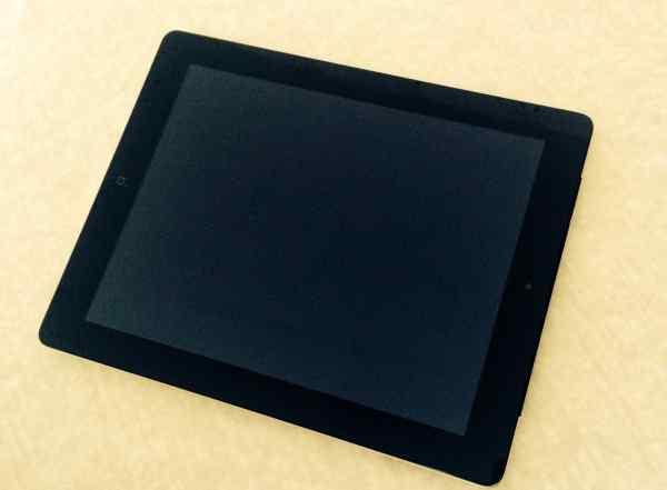 Black iPad 4 32Gb wifi 3G как новенький, работает