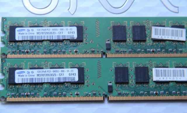 2X 1Gb samsung DDR2 PC2-6400U-666-12-E3 (цена за2)