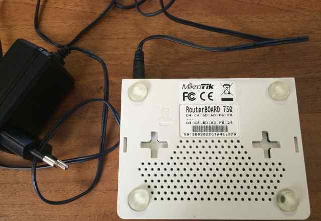 Роутер mikrotik 750