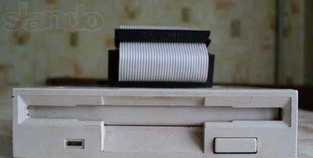 Дисковод mitsumi D359T6(для дискет)
