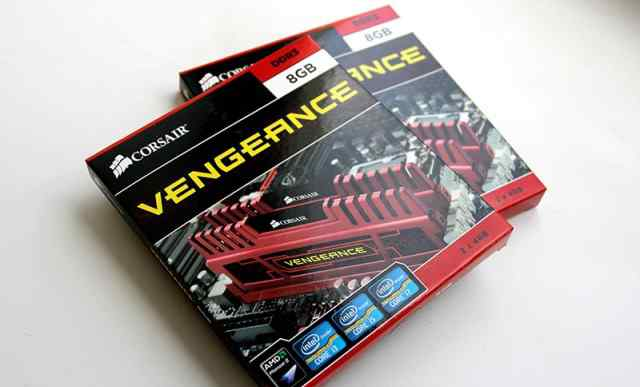Corsair Vengeance 16Gb (DDR3, 1600MHz, 8-8-8-24)