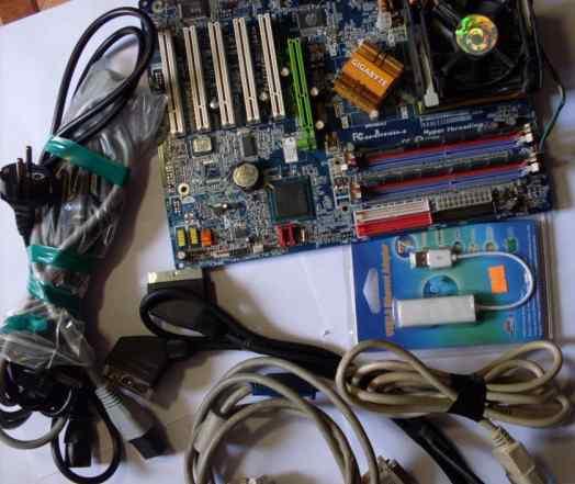 Силовые кабели настольного компьютера. материнская