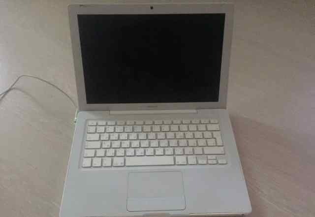 Apple MacBook 13 white