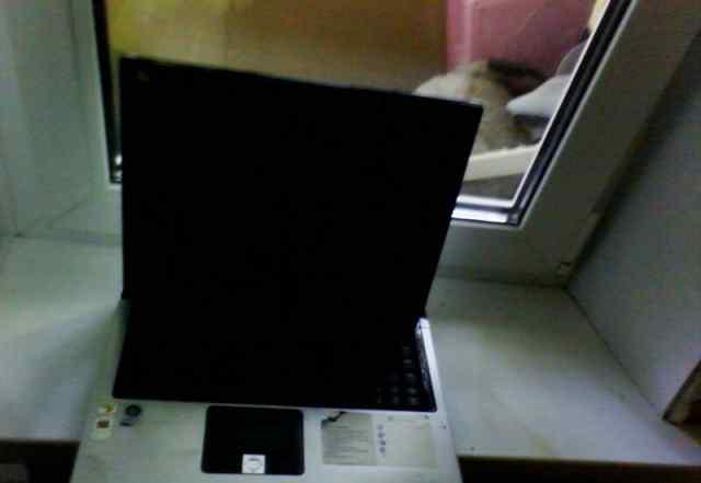 Породам ноутбук на запчасти