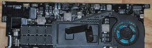 A1304 mac материнка новая