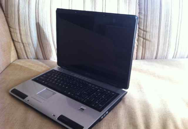 Ноутбук Toshiba Satellite P105-S9337