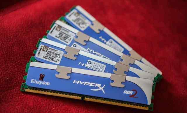 Kingston DDR2 PC2-8500 Комплект 8GB (2x4Gb)