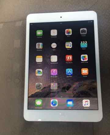 iPad mini with 16gb wifi