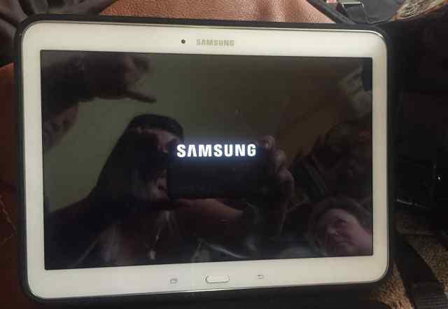Продаю планшет samsang galaxy TAB 4