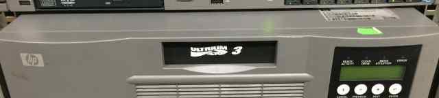Ленточный накопитель HP Storageworks Autoloader