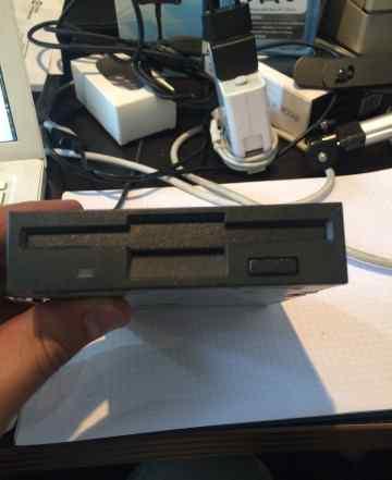 Floppy привод для дискет