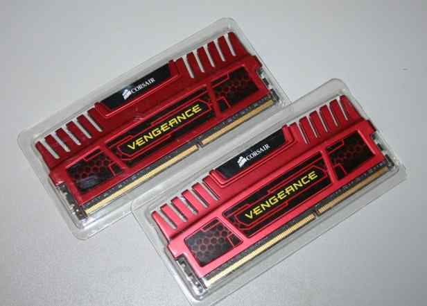 Corsair Vengeance 2x4 Гб DDR3 1866 мгц