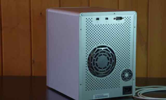 Внешний жесткий диск Promise PegasusR6 Thunderbolt