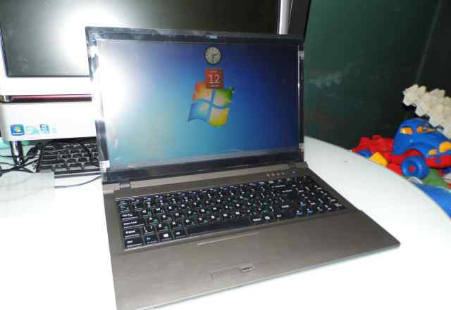 Новый ноутбук clevo W25CEW