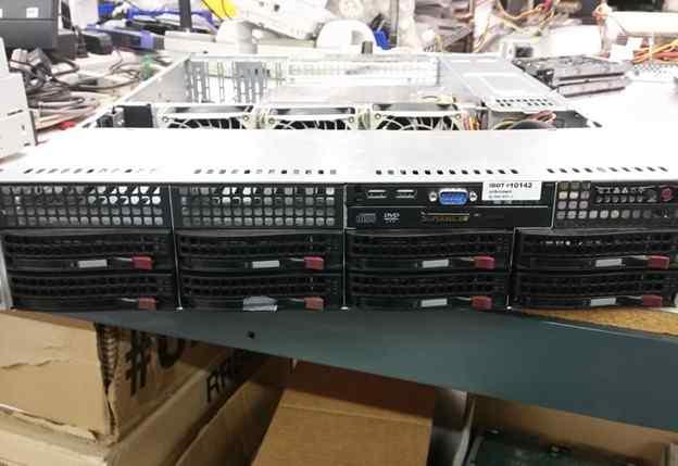 Сервер Supermicro, 12 ядер