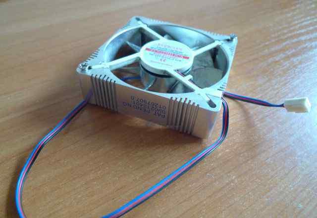Вентилятор Evercool в заднюю стенку PC