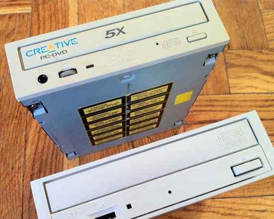 Привод DVD Creative и CD-R/RW NEC
