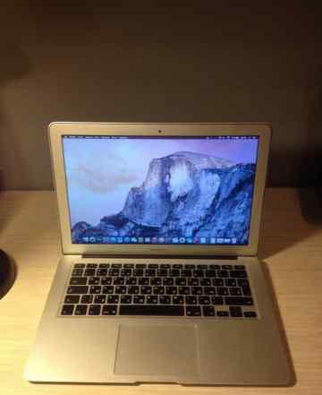 Macbook Air 13 2011 i5/4Gb/256Gb