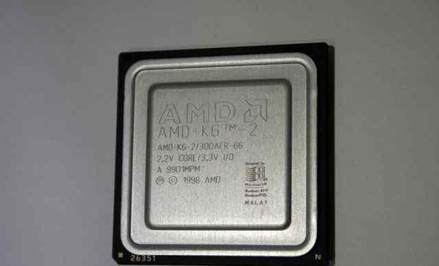Процессор 1998 года AMD-K6-2