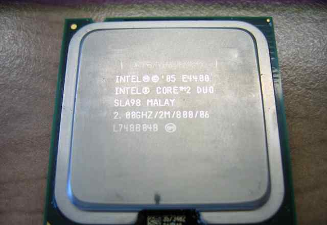 Процессор Intel Core2 Duo E4400