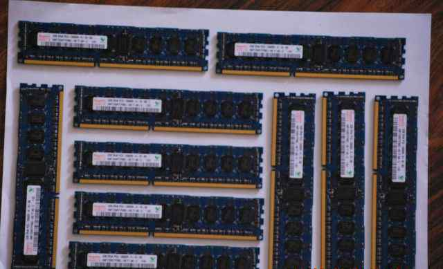 Hynix 2GB 2Rx8 PC3-10600R-09-10-B0 DDR3 ECC