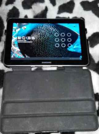 Планшет Samsung Galaxy Tab 8.9 P7310 16GB