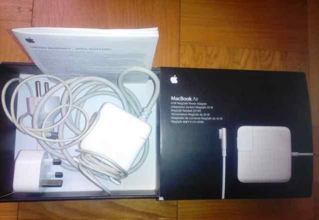 зарядку для MacBookAir 45W