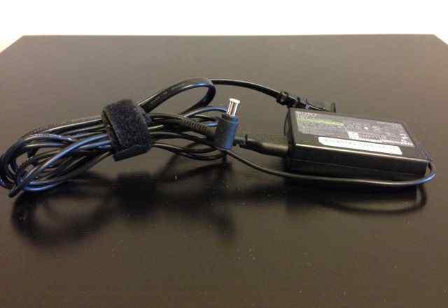 Блок питания Sony 16V 2.2A оригинал VGP-AC16V7