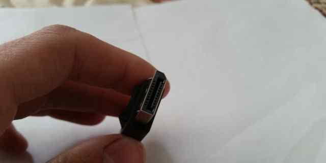 DisplayPort to mini DisplayPort