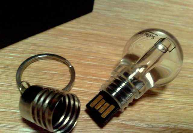 Флешка лампочка 4GB красная