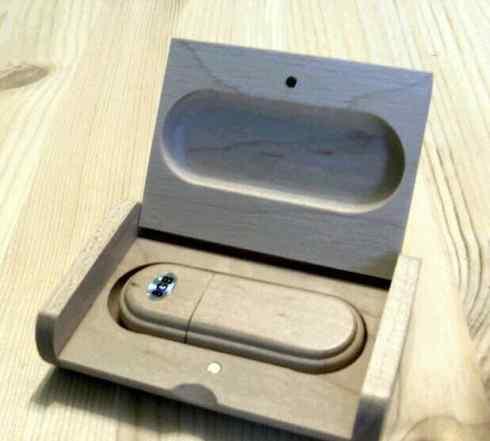 Флешка из дерева USB