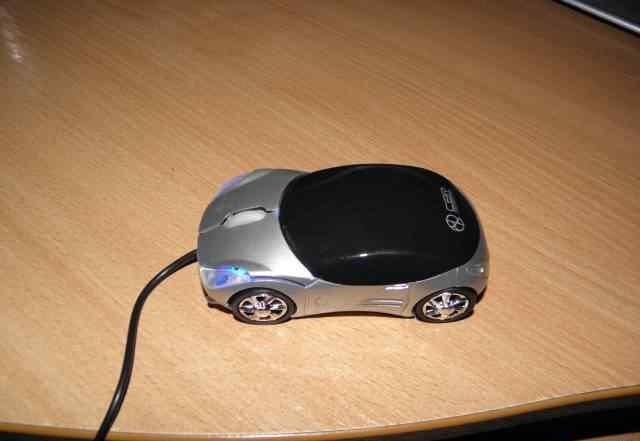 Новая проводная мышь в виде машинки