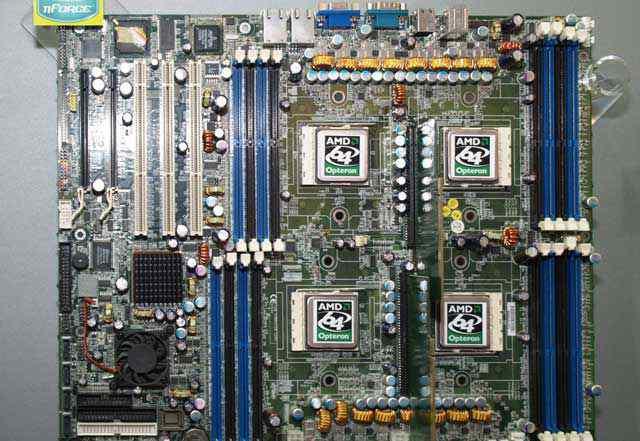 Четырёхпроцессорная Tyan Thunder K8QW (S4881)