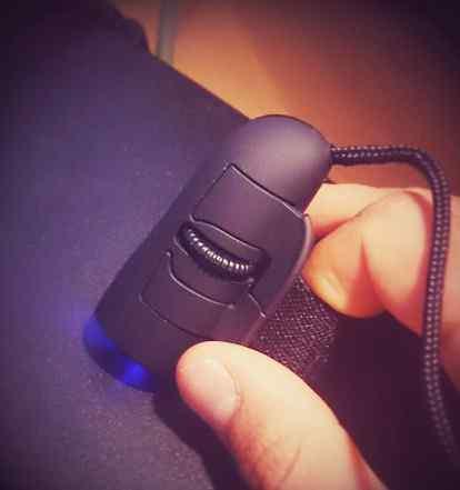 Мышь оптическая на палец