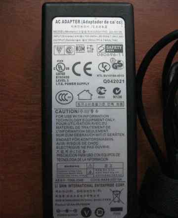 Блок(адаптер) питания ноутбука Samsung (19V 4.74A)