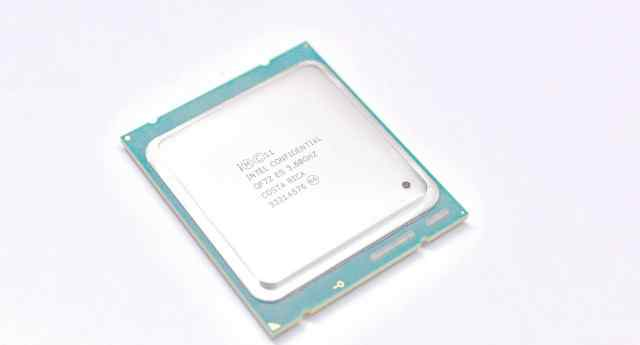 Intel Confidential Core i7-4960X 4960X 4960