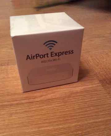 WiFi Роутер Apple AirPort Express MC414