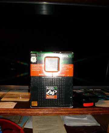AMD Athlon 64 Processor 3000+ Socket 754 in a Box