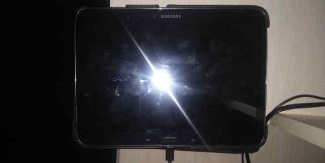 планшет Samsung GT P5200 с дефектом