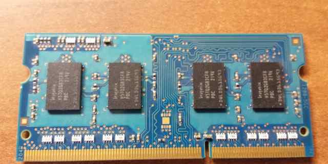 Оперативная память Hynix 2GB PC3 - 12800S