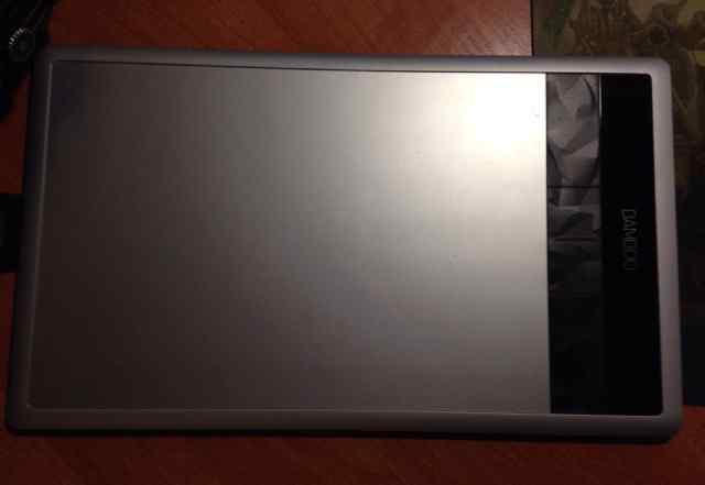 Графический планшет Wacom Pen Touch CTH-670