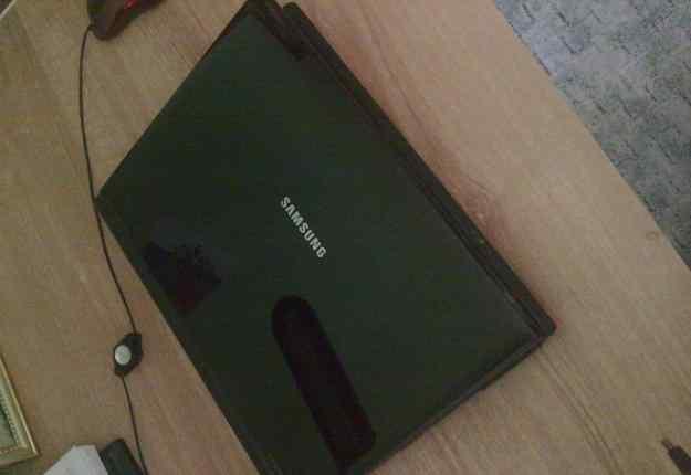 Ноутбук Samsung на восстановление или з/ч