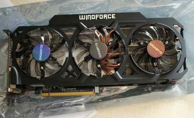 AMD R9 290 ) 4096Mb gddr5 Gigabyte GV-R929OC-4G