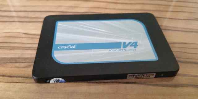 Продаю SSD 128 Гб Crucial CT128V4SSD1